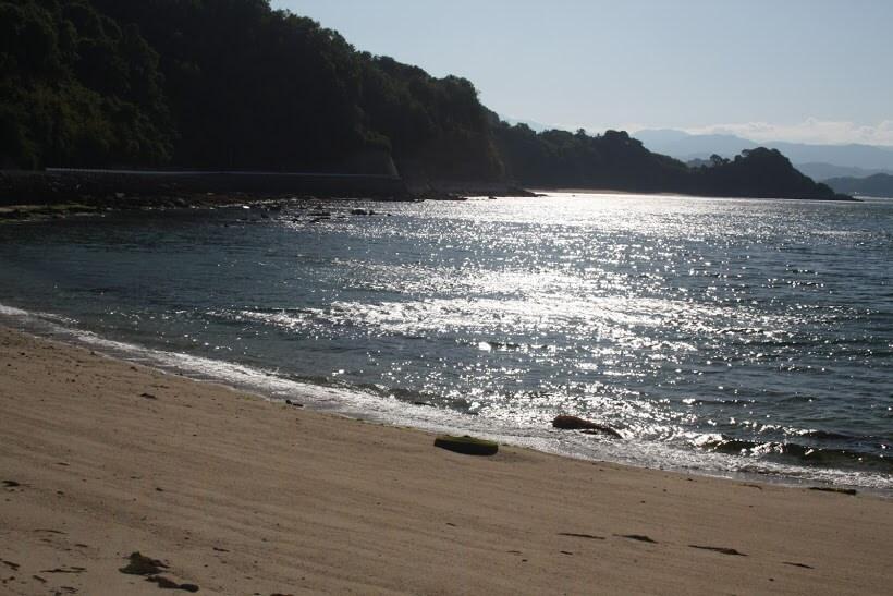 興居島 海岸線